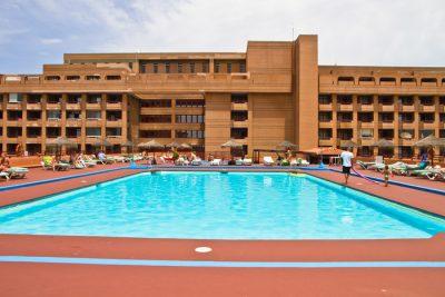 Hotel Palmeras pool